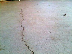 Трещины наливного пола