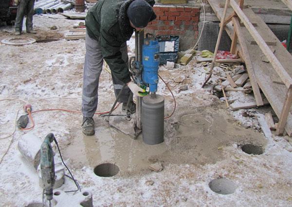 Отбор кернов бетона