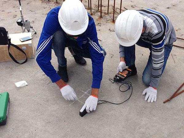 Испытание бетонной плиты перекрытия